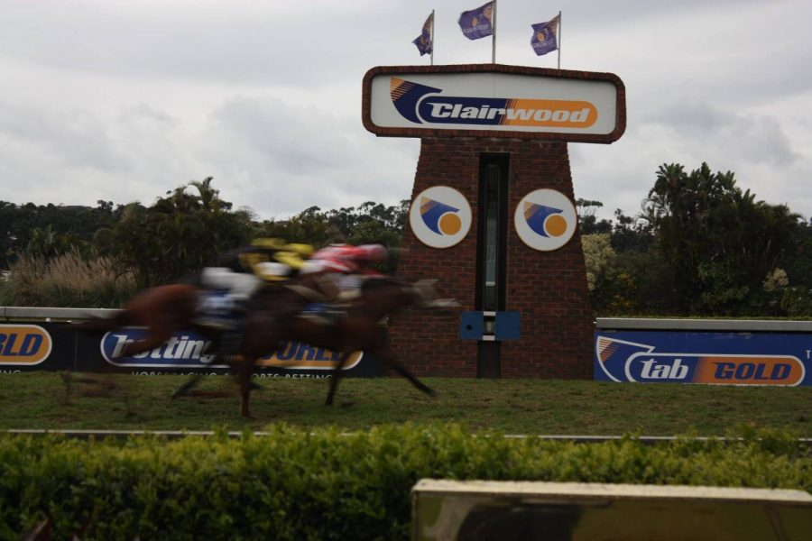 clairwood horse racing betting online