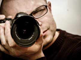 Photography Jobs Online Review: How Much Money Is In Your Camera?