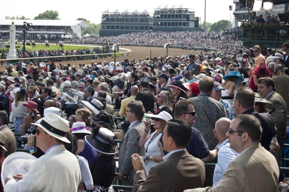 crowd at the Kentucky Derby,